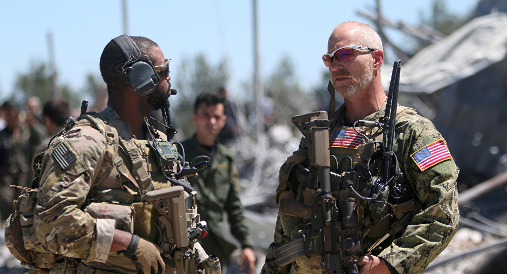 As forças dos EUA na sede da Unidade de Proteção do Povo Curdo (YPG) perto de Malikiya, na Síria, em 25 de abril de 2017 (imagem referencial)