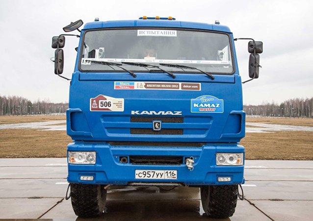 Um dos caminhões Kamaz usados nos testes de caminhões autônomos.