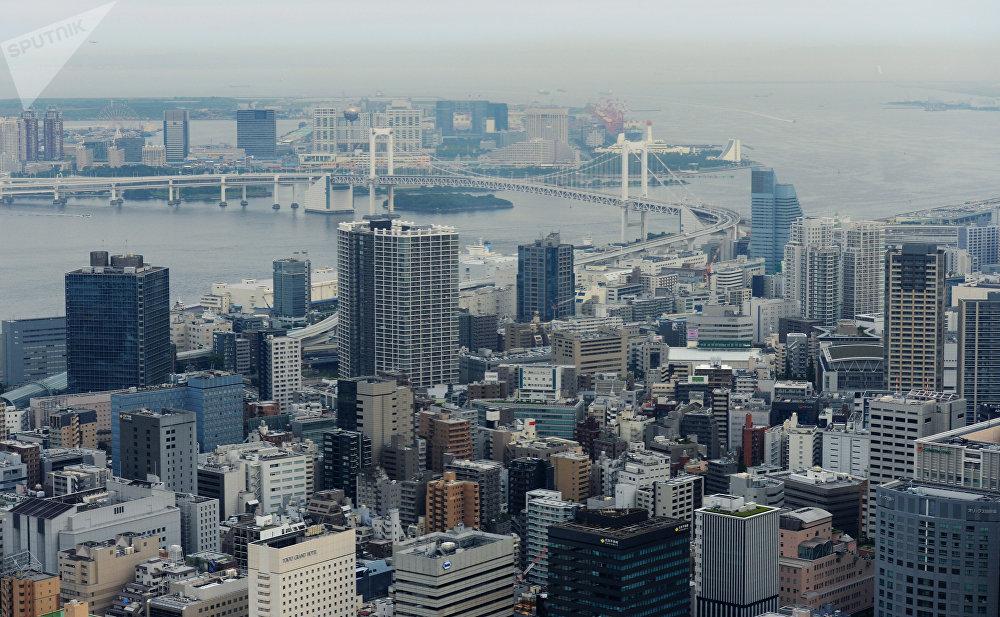 Em 1923, quase metade de Tóquio foi destruída em forte terremoto. Apesar do alto custo da reconstrução, a cidade foi renovada