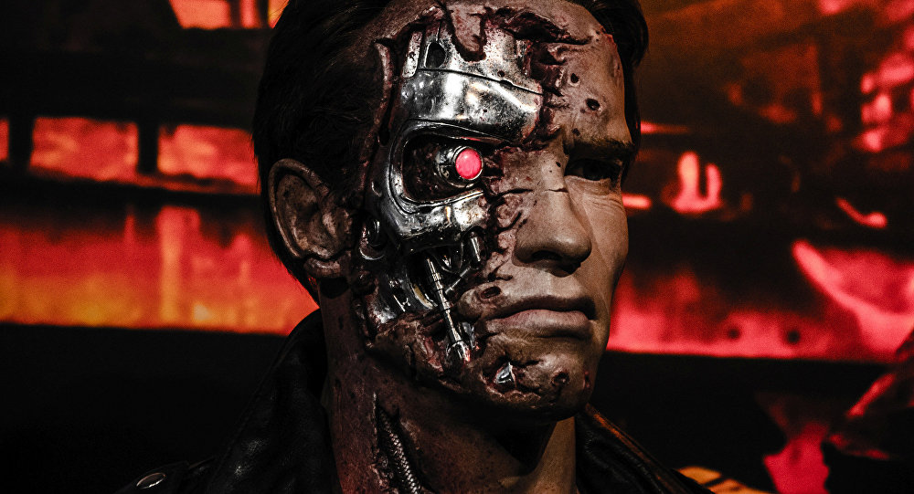 Manequim de Arnold Schwarzenegger como personagem principal da saga Exterminador do Futuro