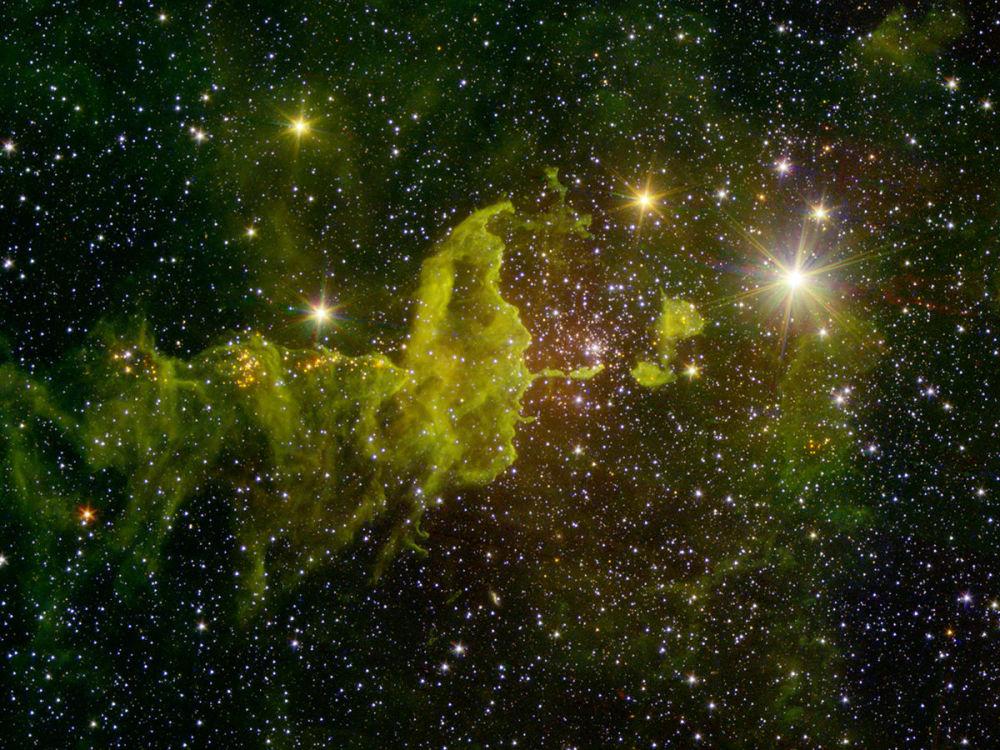 Esta nebulosa é conhecida como a Aranha e a Mosca