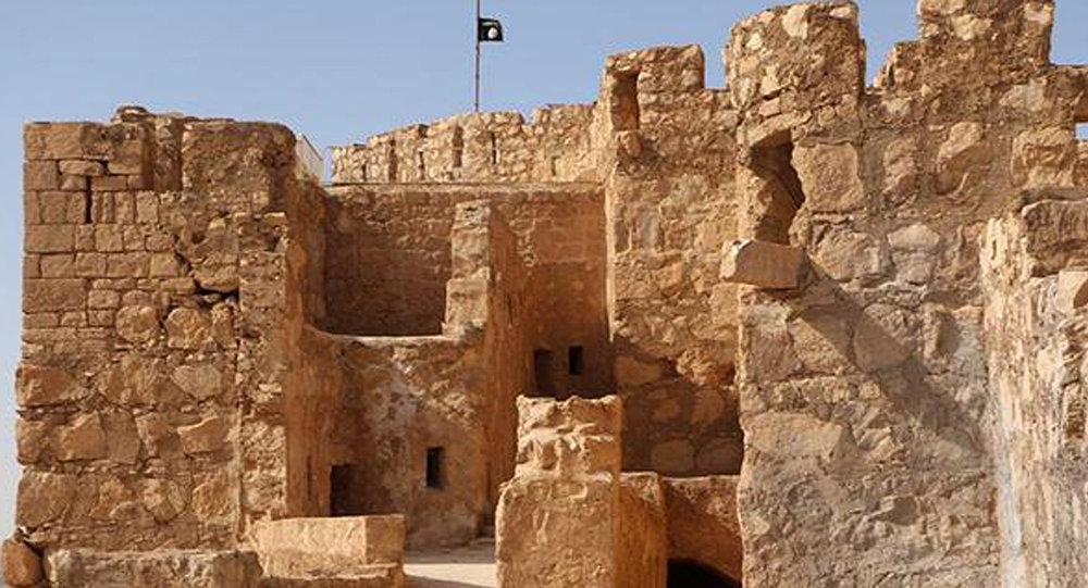 O Estado Islâmico fincou sua bandeira em Palmira.