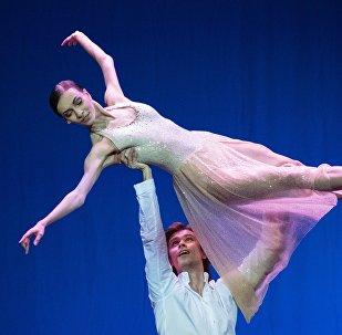 Olga Smirnova, primeira bailarina do Teatro Bolshoi, durante apresentação
