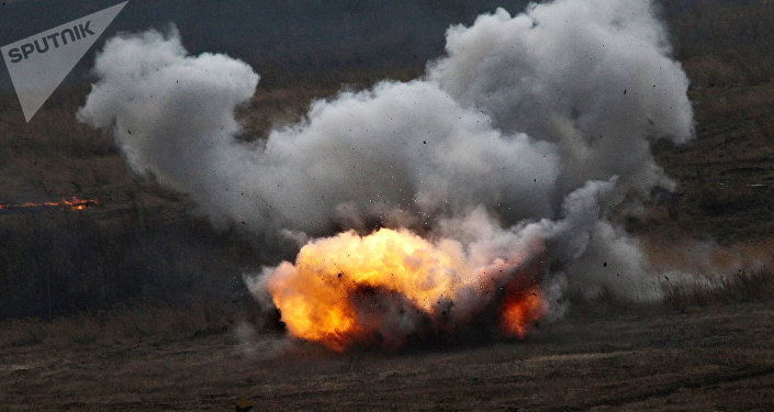 Disparo de lança-chamas russo Shmel