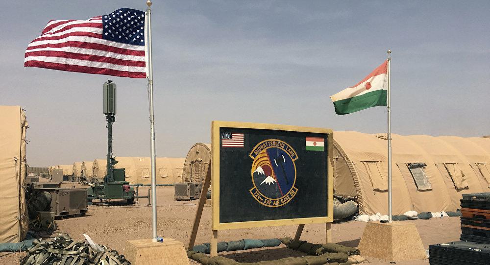 Campo das forças militares dos EUA envolvidas na construção da base aérea nigerina
