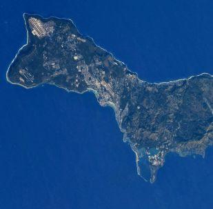 Ilha Guam fotografada a partir do espaço pelo cosmonauta russo Anton Shkaplerov