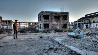 Território abandonado na zona de Chernobyl afetada pela catástrofe na usina nuclear