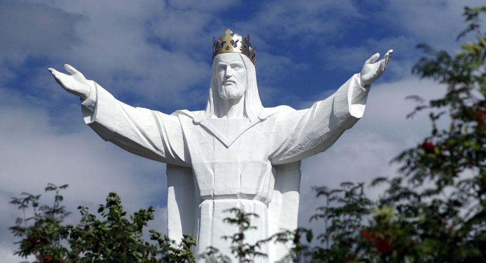 Escultura do Cristo Rei de Swiebodzin, na Polônia