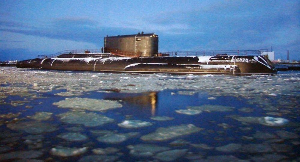 Submarino diesel-elétrico russo B-90 Sarov