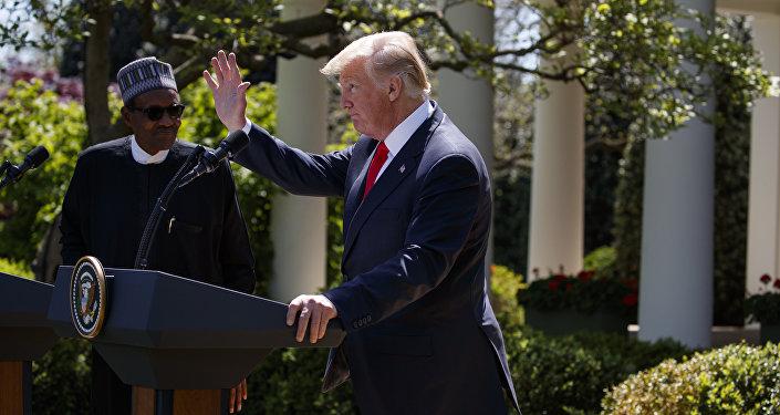 Presidente norte-americano, Donald Trump, durante a coletiva de imprensa com o seu homólogo nigeriano Muhammadu Buhari, Washington, 30 de abril