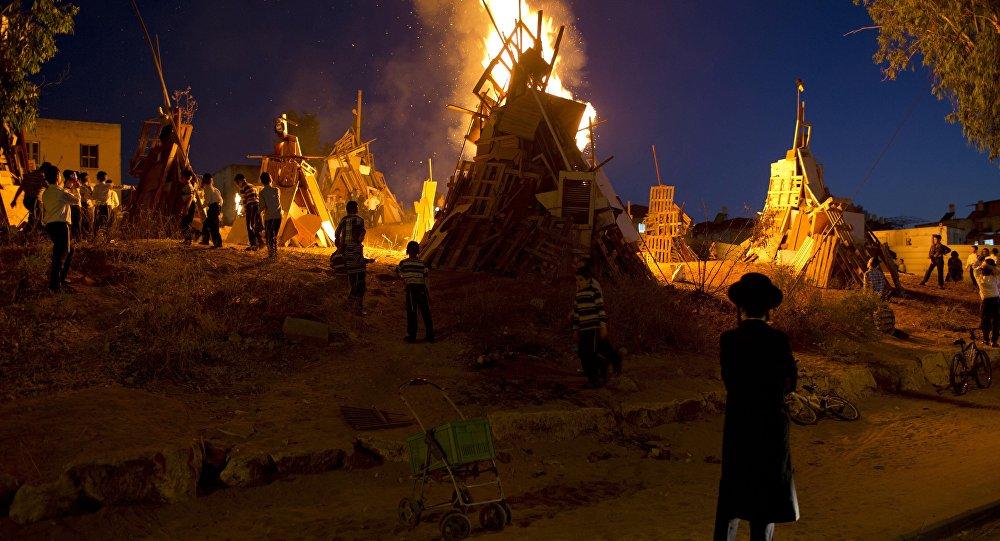 Celebração da festa judaica Lag BaÔmer (foto de arquivo)