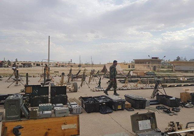 Qalamun: farto arsenal de terroristas nas mãos do Exército sírio
