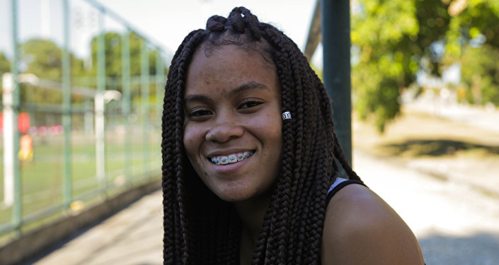 Ana Clara Ferreira da Silva, jogadora da seleção brasileira na Street Child World Cup 2018.