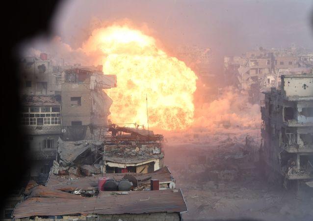 Área do antigo campo de refugiados palestinos Yarmouk, no subúrbio a sul de Damasco, atacada pela organização terrorista Daesh
