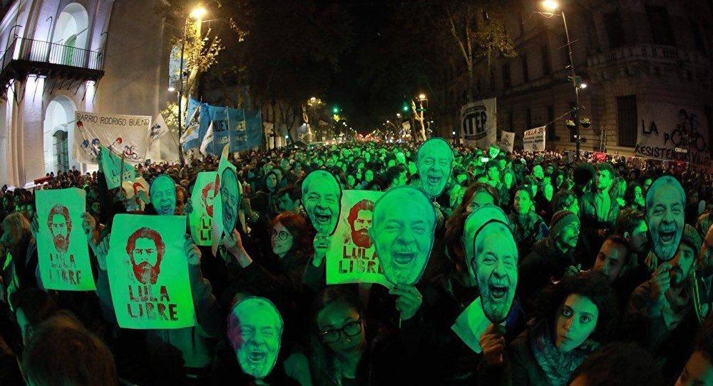 Na Argentina, milhares vão ao Lula Festiva: Latinoamerica en emergencia, festival musical que pede a liberdade de Lula