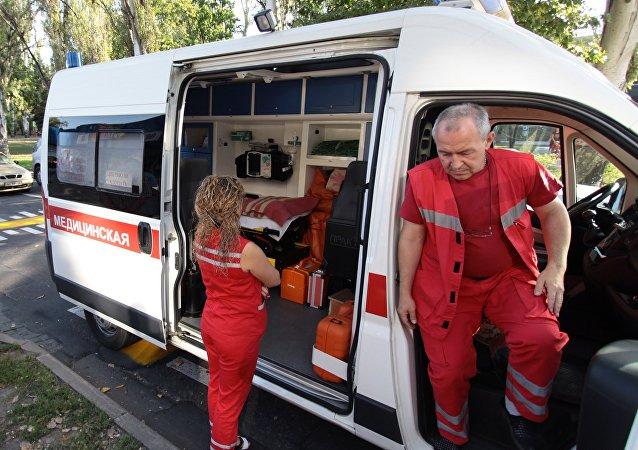 Ambulância na república autoproclamada de Donetsk, foto referencial