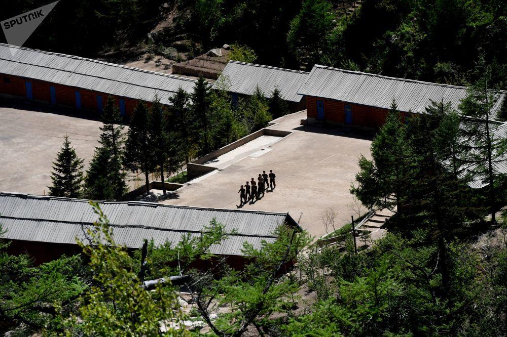 Militares no polígono nuclear de Punggye-ri, Coreia do Norte