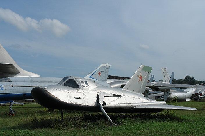 Protótipo do avião MiG-105.11 no Museu Central da Força Aeroespacial da Rússia, na cidade de Monino, região de Moscou