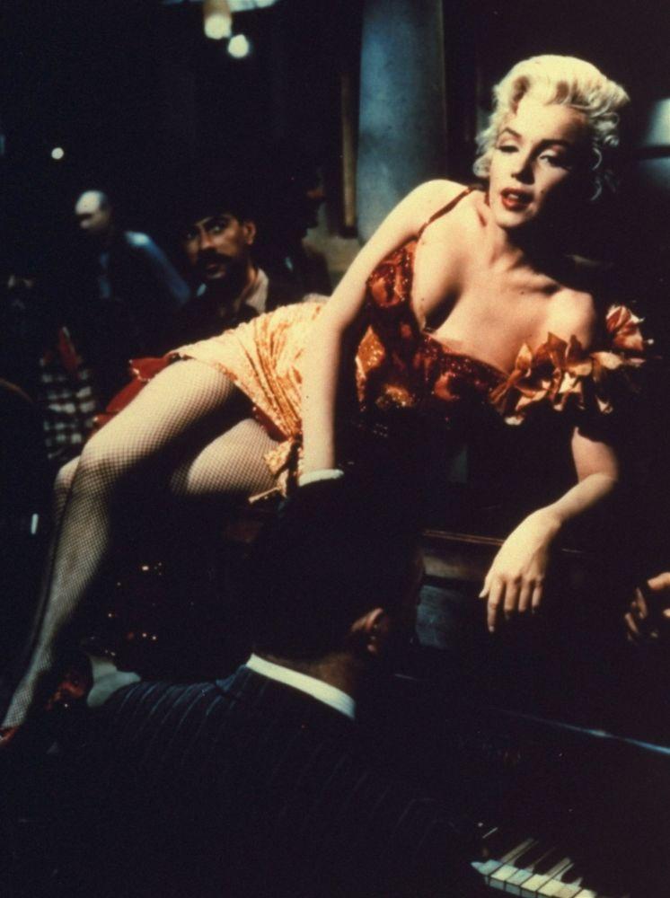 Atriz Marilyn Monroe no filme O Rio das Almas Perdidas, 1954