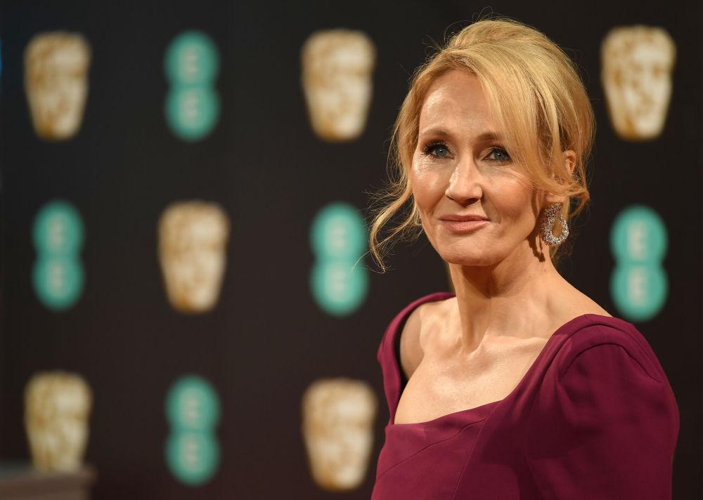 Escritora britânica e autora dos livros sobre Harry Potter, J. K. Rowling, durante a cerimônia do British Academy Film Awards, 2017