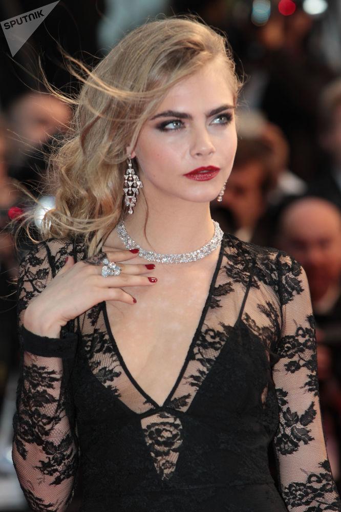 Modelo britânica Cara Delevingne na cerimônia de abertura do 66º Festival de Cannes