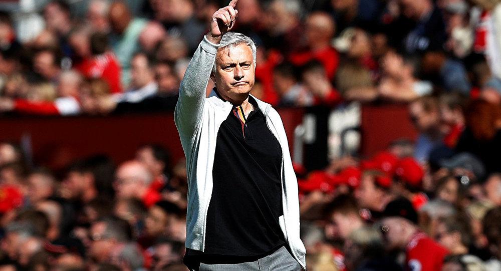 Técnico português José Mourinho, em partida do clube Manchester United