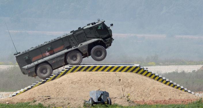 Veículo blindado universal Taifun-K durante a mostra de técnica no âmbito da preparação para o fórum internacional técnico-militar Exército 2015