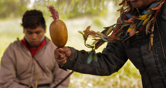 O pai dos Guarani Kaiowa assassinados Clodiodi e Denílson.