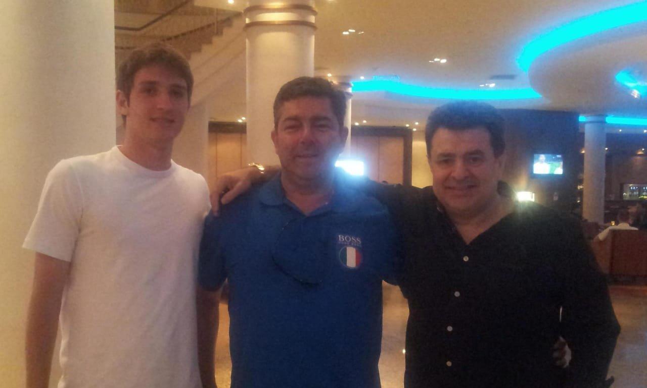 Mário Fernandes com os empresários Guilherme França Reis e Jorge Machado