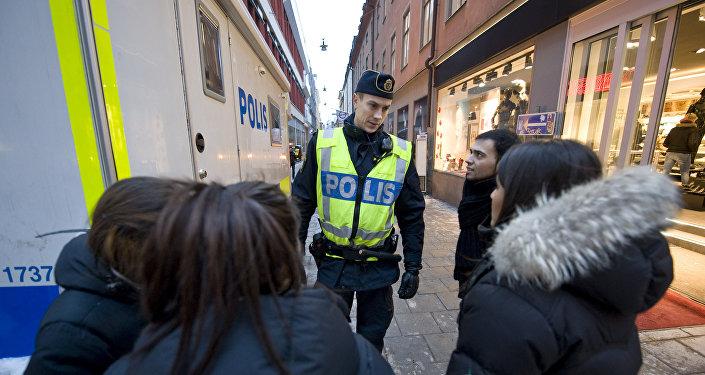 Um polícial na cidade de Estocolmo