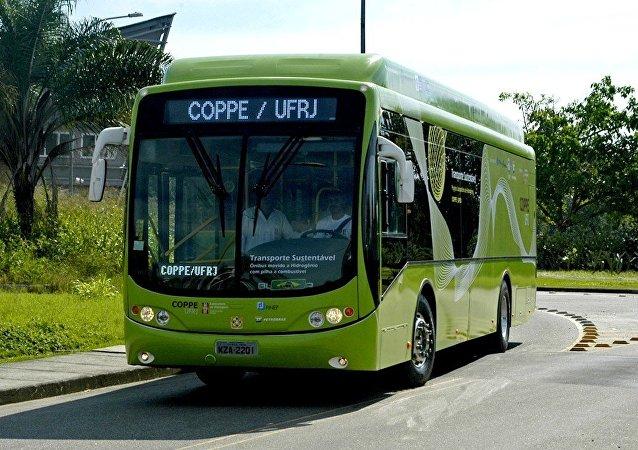 Ônibus movido a energia do hidrogênio, projeto do Laboratório de Hidrogênio da Coppe-RJ