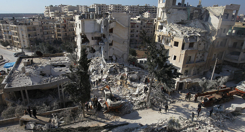 Consequências dos ataques aéreos na cidade síria de Idlib (foto de arquivo)