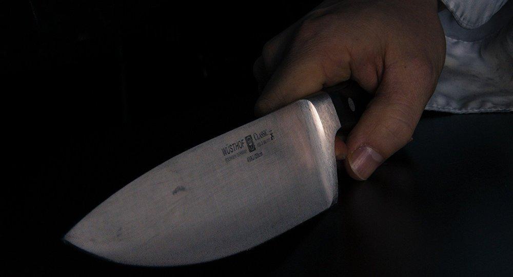Resultado de imagem para faca na mão foto