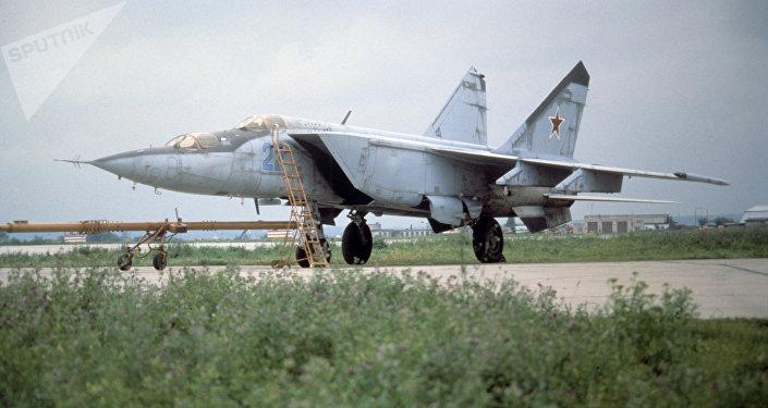 Caça MiG-25