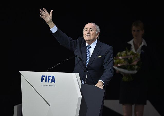 Joseph Blatter conquista seu quinto mandato como presidente da Fifa