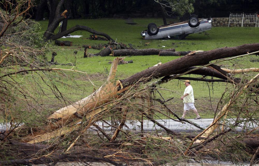 Consequências das inundações no Texas, EUA, em 26 de maio de 2015.