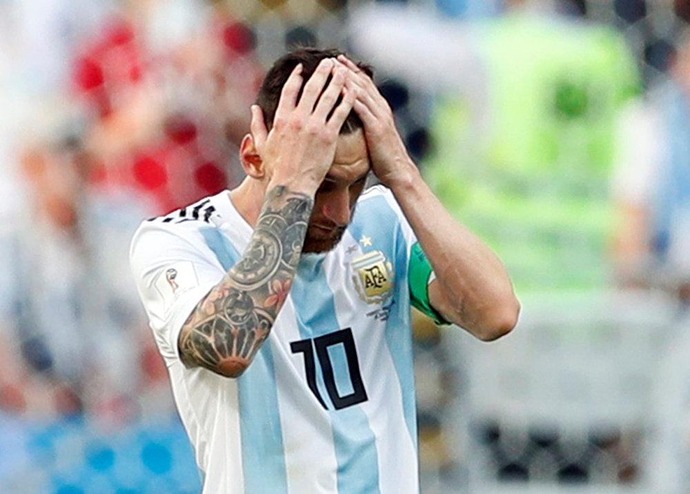 Não deu, a Copa acabou para Lionel Messi.