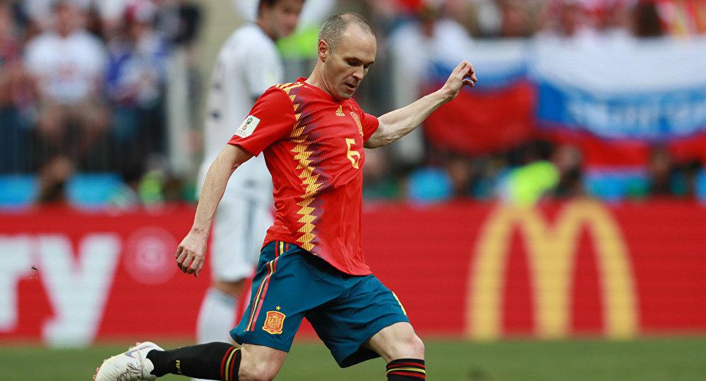 Andrés Iniesta, craque da seleção espanhola, na partida contra a Rússia pelas oitavas de final da Copa