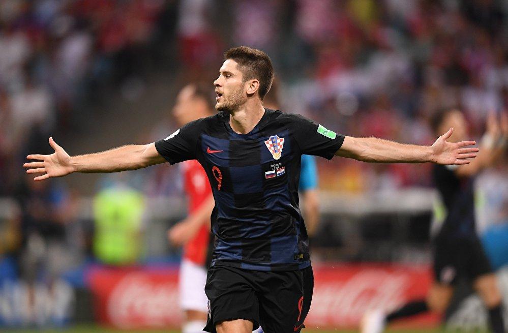 Kramaric comemora seu gol.