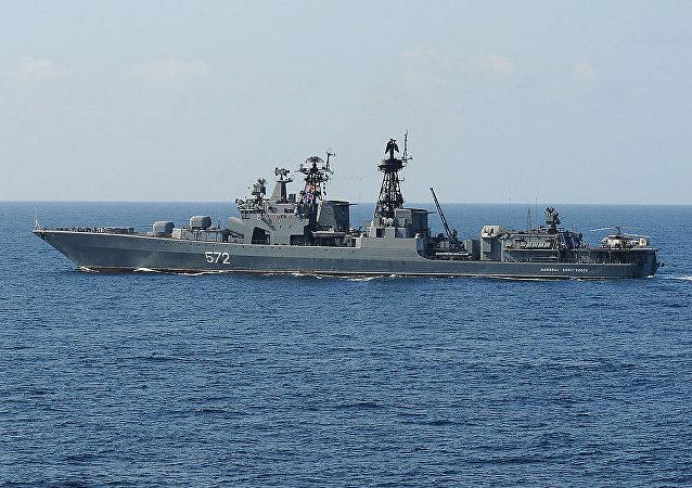 Fragata de guerra Almirante Vinogradov.