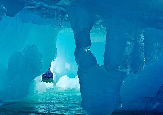 Iceberg (imagem referencial)