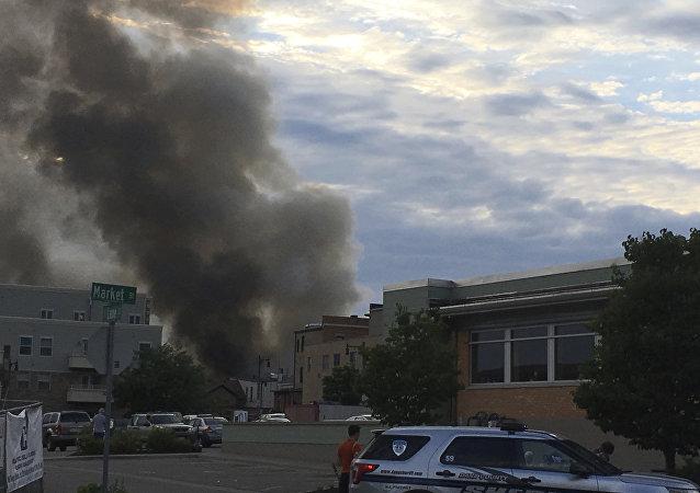 Explosão e incêndio em Sun Prairie, Wisconsin, EUA, nesta terça-feira, 10 de julho de 2018