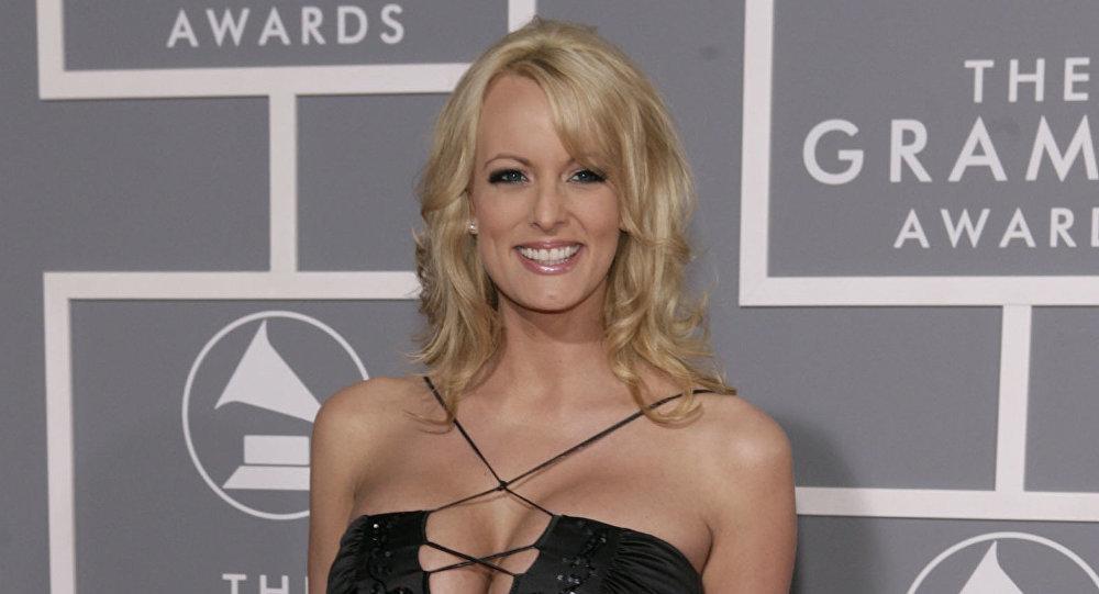 A estrela pornô Stephanie Clifford, conhecida como Stormy Daniels