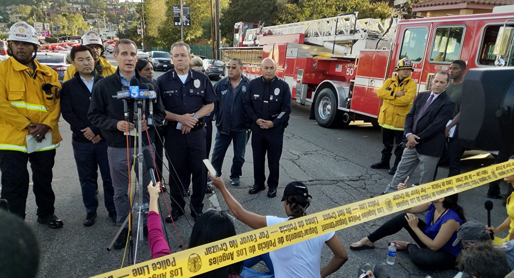 O prefeito de Los Angeles, Eric Garcetti, fala sobre o tiroteio no supermercado Trader Joe's.