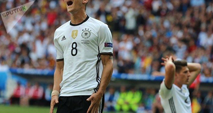 Mesut Ozil, da Alemanha, na Eurocopa 2016, realizada na França