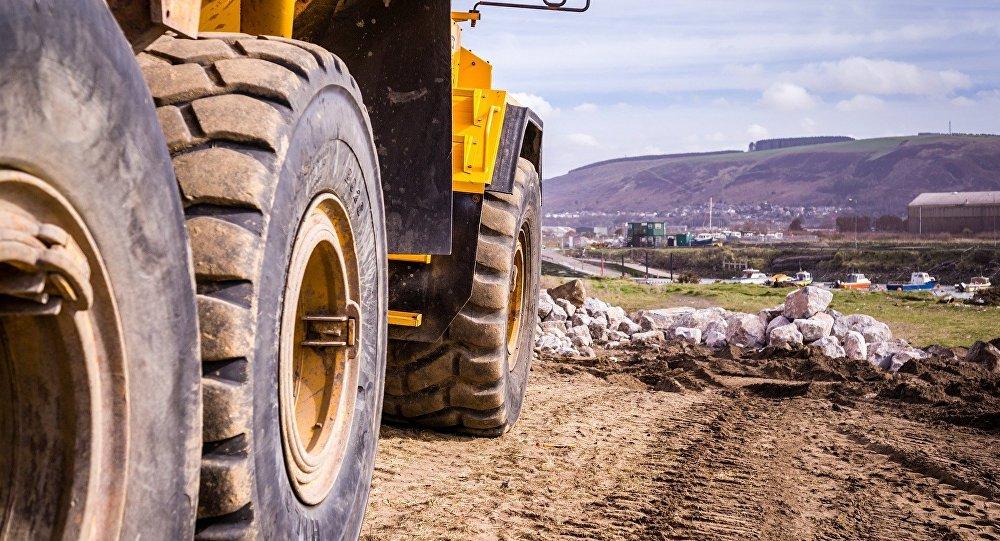 Caminhão de mineração (imagem de referência)