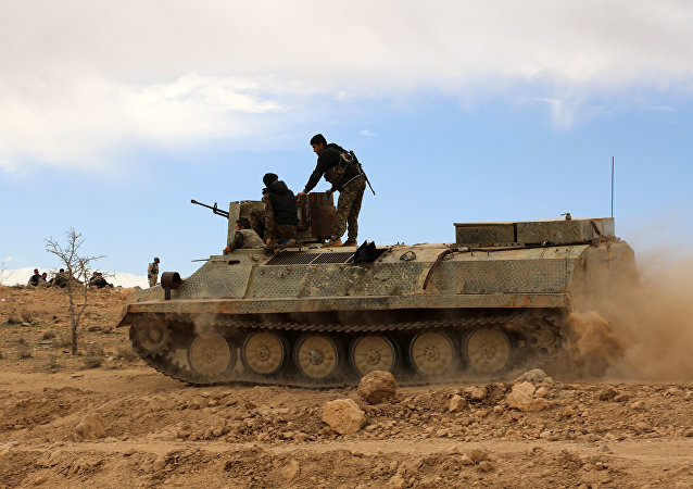 Combatentes das Forças Democráticas da Síria (arquivo)