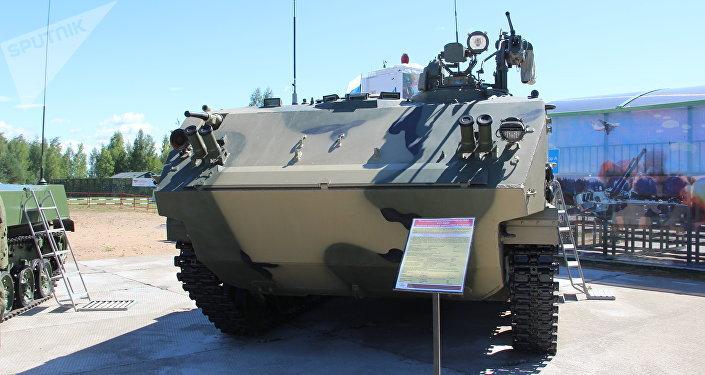 BTR-MDM Rakushka na exposição dos armamentos durante o concurso Desantny Vzvod (Pilotão de Desembarque), em Pskov