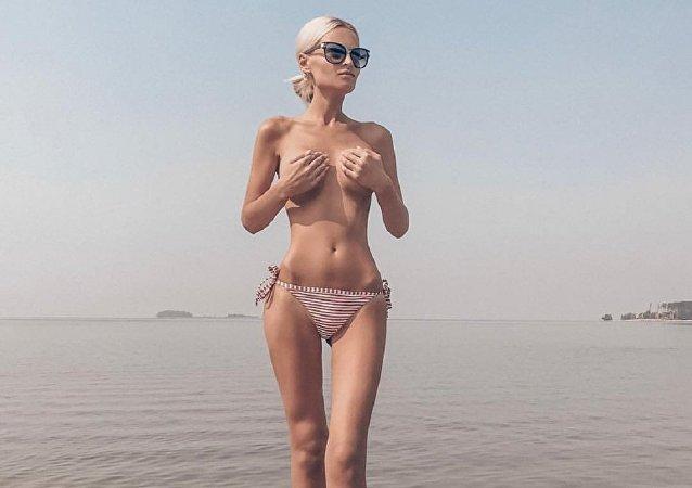 Modelo russa Yulia Kriger