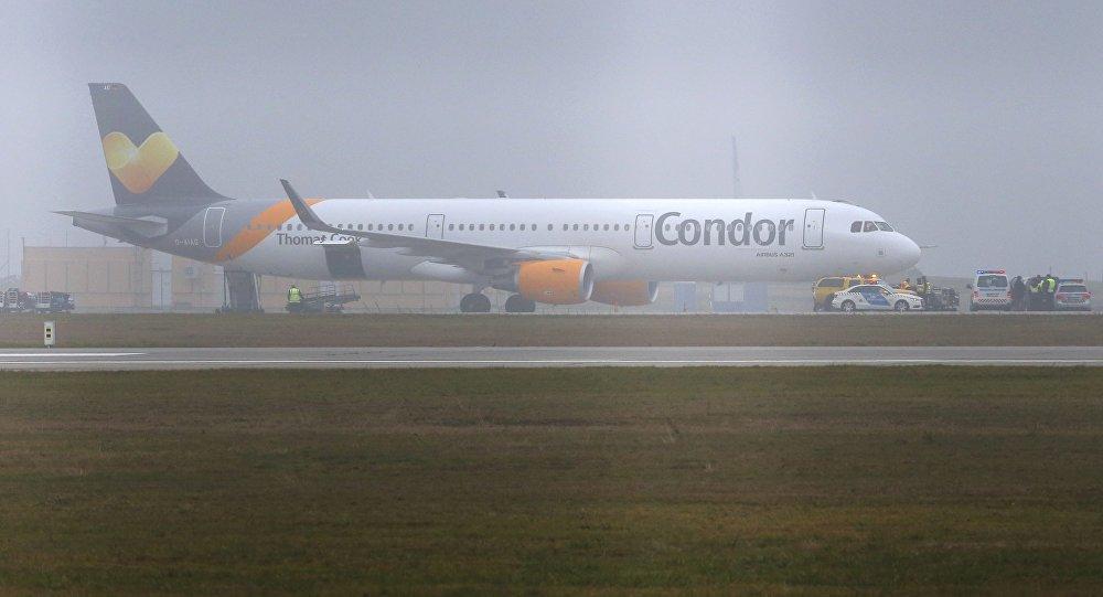 Airbus A321 da companhia aérea alemã Condor no aeroporto de Budapeste, na Hungria (arquivo)